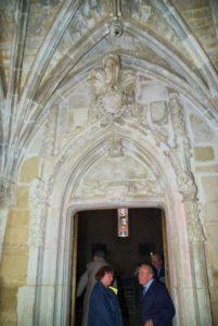 La porte royale vers l'abbatiale