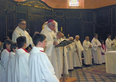 Les officiants pour la messe